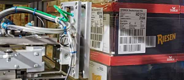 Pallet labeler considering GS1 standards - REA LABEL